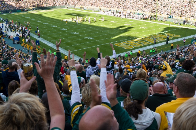 Phil Roeder-CreativeCommons_Packers-vs-Jets (640x427)